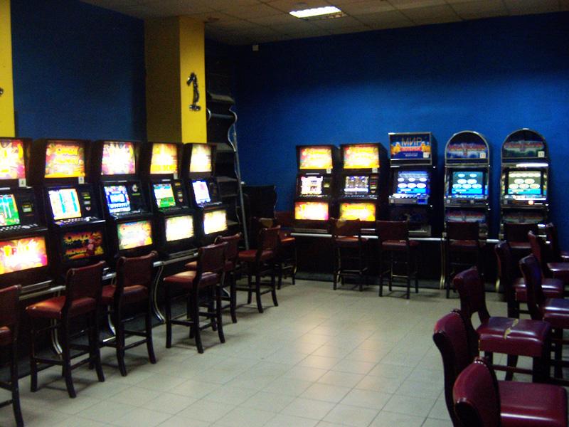Игровой автомат King of Cards играть бесплатно без регистрации